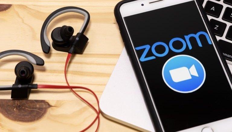 猛烈追い風のZoom 1Q決算:顧客数が爆増、通期売上3倍増を見込む