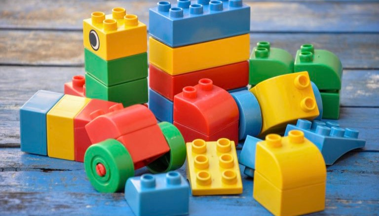 LEGO(後編)「レゴらしさ」への回帰、倒産危機から奇跡の復活